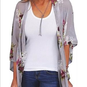 Other - Brand new gray floral kimono size small
